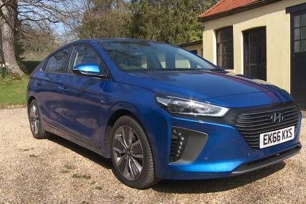 Hyundai Ioniq Hatchback 1.6 GDi Hybrid Premium SE 5dr DCT