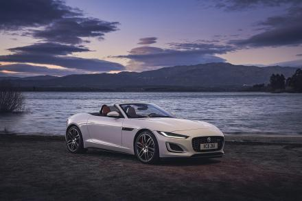 Jaguar F-type Convertible 5.0 P450 Supercharged V8 R-Dynamic 2dr Auto AWD
