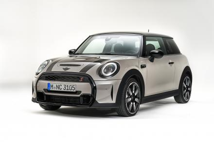MINI Hatchback Special Edition 1.5 Cooper Shadow Edition 3dr Auto [Nav Pack]