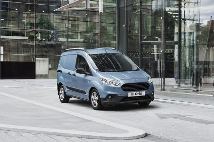 Ford Transit Courier Petrol 1.0 EcoBoost Limited Van [6 Speed]